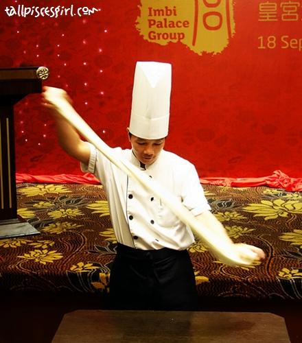 Chef skilfully prepared Lan Zhou Knife Shaved Ramen