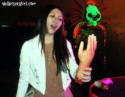 Talk to the hand hahahaha!