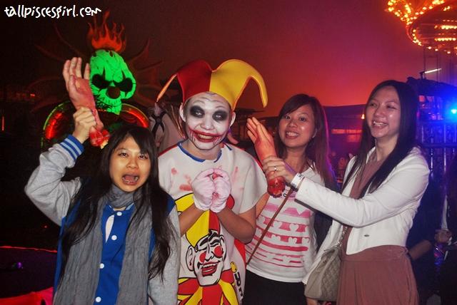 Slap the clown back teehee~
