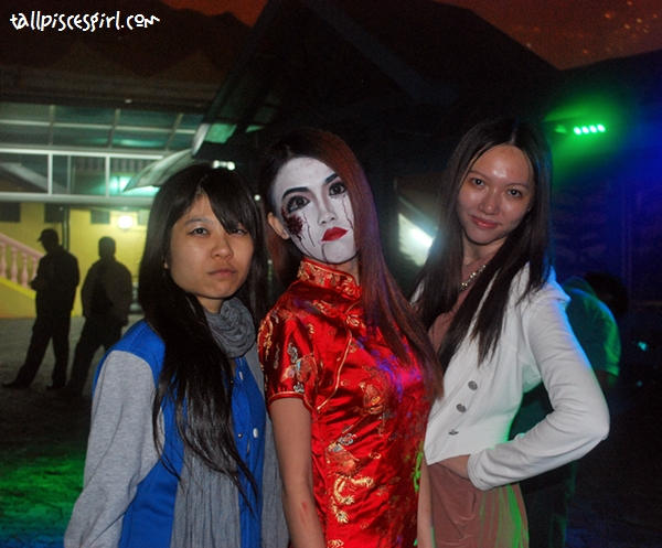 Err beauty pageant.... Won by the ghost *fail*