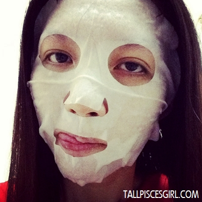 Review: O'slee Rosehip Whitening Mask 1
