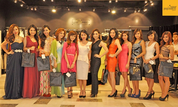 (Left to right) Mandy Chan, Jocelyn Coco, Amanda Liu, Kelly Chin, Lizz Chloe, Diana Koon (founder of LuxeSwinger), Ashley Ahn, Charmaine Pua, Isabella Wong, Audreypuiyan, Caroline Ng, Casey Wong