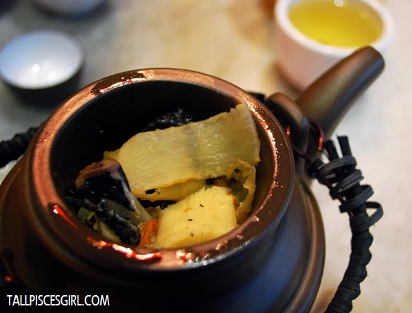 Tea Pot Soup (Black Chicken) Price: RM 8.80