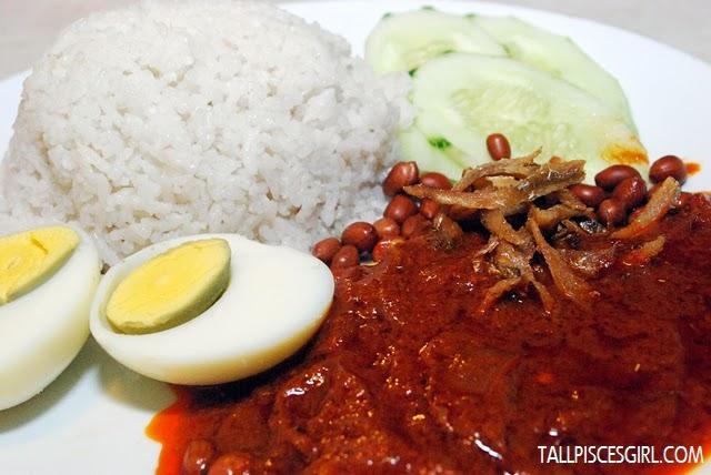 Nasi Lemak Price: RM 2.90