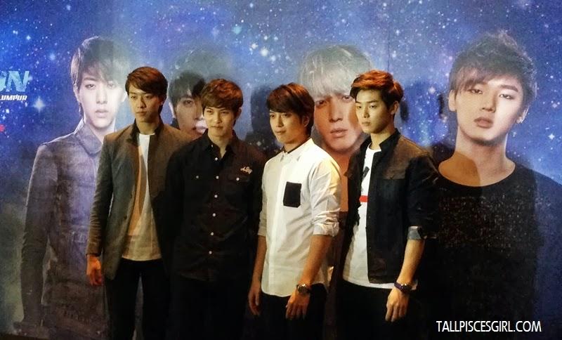 Lee Jung Shin, Lee Jong-Hyun, Jung Yong-hwa and Kang Min-hyuk posing for the camera