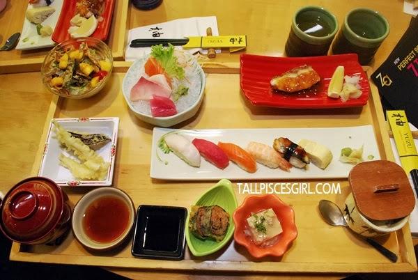 Totally enjoyed the fresh sashimi and sushi at Yuzu!!
