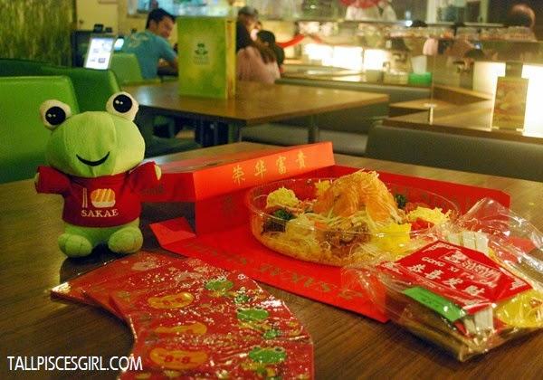 SAKAE SUSHI Fortune Salmon Yee Sang takeaway set