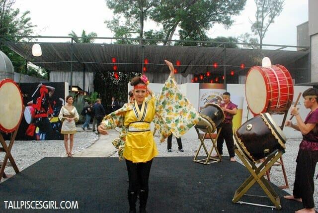Traditional Japanese Yosakoi dancers
