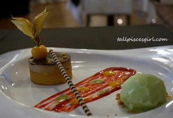 Apple tart, creamy saffron sabayon, chocolate mousse, apple sorbet