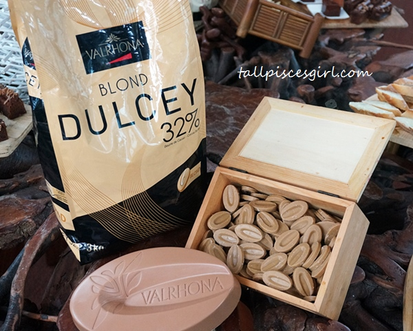 Valrhona Dulcey Blond Chocolate 32%