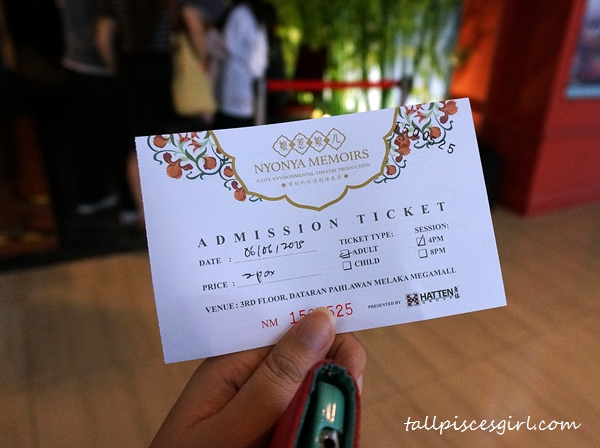 Let's go in and witness Nyonya Memoirs!
